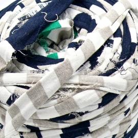 Gipsy koord - licht elastisch textielgaren - ongeveer 20mm breed - lengte 1m - kleur blauw/creme gestreept (GIPSY B-02)