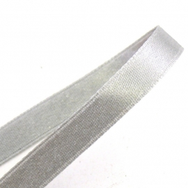 satijnlint 10mm breed 1m lang kleur zilvergrijs