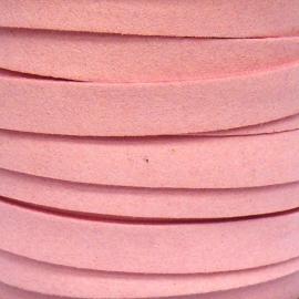 imitatie suede veter 10mm breed kleur lichtroze - 20cm