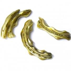 schelp grillige hanger diverse maten 10x40mm kleur antieue gold (BJSC012)