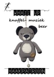WHAZZ UP knuffel/ muziek beer