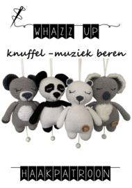 WHAZZ UP haakboekje (set) knuffel/ muziek beren