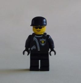 Politie met zonnebril (cop041)