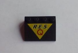 Helling met R.E.S.Q opdruk (3297px15)