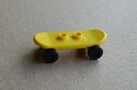 Skateboard geel (42511c01)