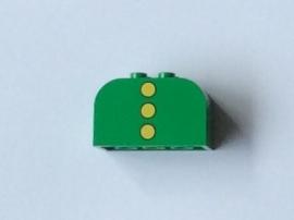 Steen groen met opdruk van drie knopen (4744px5)