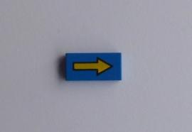 Tegel blauw met gele pijl (3069bp06)
