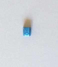 Gekromde legohelling medium blauw met opdruk haai (30602pb001)
