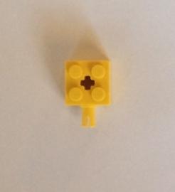 Steen 2x2 geel met pin (6232)