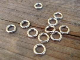 Jumpring zilverkleur 6 mm 5 gram ongeveer 100 stuks