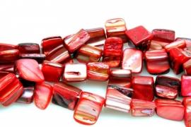Schelp Kraal ±8mm Baroque Blokje Roze-Rood, per 40 stuks