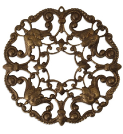 Vintaj Ornate Wreath Filigree with hole 49mm, per stuk