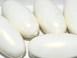 Paper Mache Olive 40x18mm White Pearl, per stuk