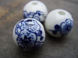 Kraal 12mm Keramiek Rond Delfts Blauw Bloemetje, per stuk