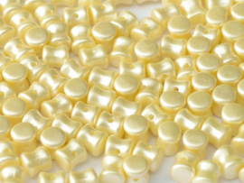 Diabolo  Beads Alabaster Pastel Cream, per 50 stuks