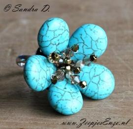 Ring: ring met zeefje, dunne wire en Turquoise druppels