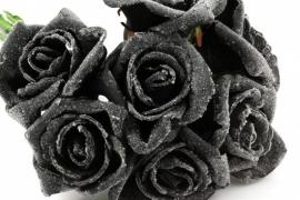 Foamroos besuikerd zwart 6cm per 5 stuks (pakketpost)