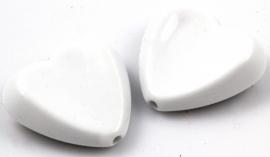 Wit hart kraal acryl 31 bij 29mm per 4 stuks