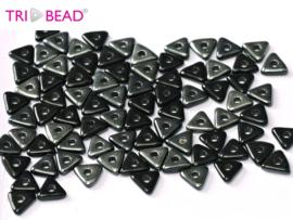 Tri-bead Jet Vacuum Hematite, per 5 gram (±140 stuks)