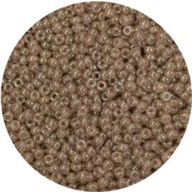 8-2372Miyuki Rocaille 8/0 Ceylon Translucent Spice