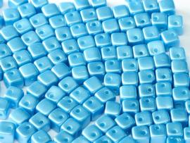 Crisscross Cubes Alabaster Pastel Turquoise, per 30 stuks