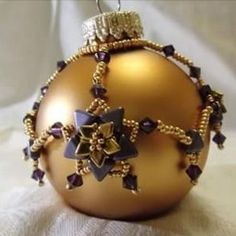 Kerstbaljasje 'Tiny Star', ontwerp Nadja Otto, met o.a. Khéops®