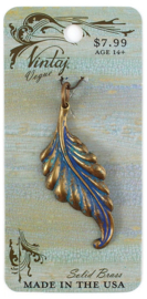 Vintaj Patina Plumed Leaf 52,5x21mm, Natural Brass
