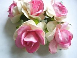 r40/17 roosje wit/roze per stuk 5cm