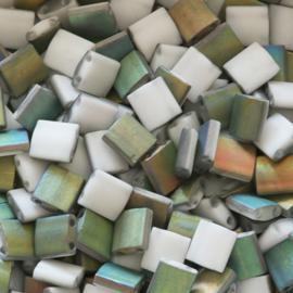 TL-4559 Tila Labrador Vitrail mat, per 5 gram