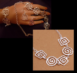 Ketting met vierkante en ronde spiralen, zilverkleur, per stuk