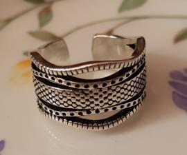 Ring met golvend patroon, verstelbaar, per stuk