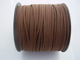 Suédine 3x1,4mm Veter Bruin, per 10 of 1 meter, vanaf