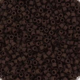 DB1910 Miyuki Delica 11/0 Opaque Matte Espresso, per 5 gram