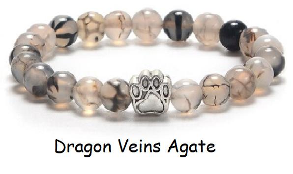 Armband met Dragon Veins Agate kralen en een pootjeskraal, per stuk