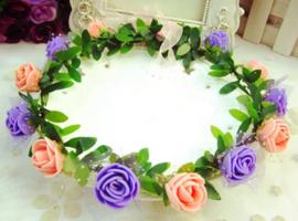 Bloemenkroon lila-zalmroze