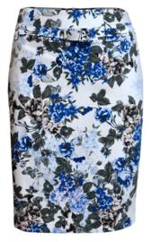Batida rok met blauwe bloemen