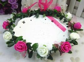 Bloemenkroon wit-fuchsia roze
