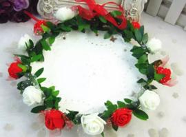 Bloemenkroon rood-wit