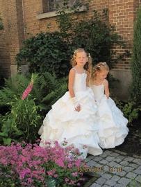Bruidsmeisjes Stephanie en Chayenna 2