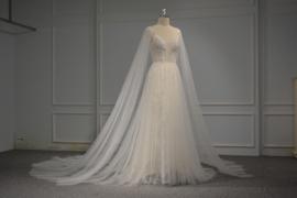 Bruidsjurk Middeleeuwse stijl op maat gemaakt 7230