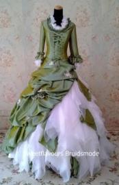 Bruidsjurk Victoriaans MA643R op maat gemaakt