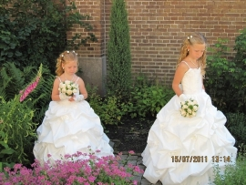 Bruidsmeisjes Stephanie en Chayenna