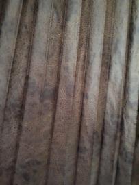 Lange leatherlook plissé rok bruin van Fame Fashion