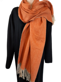 Mooie oranje-bruine sjaal