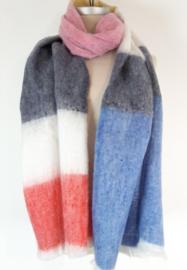 Dikke sjaal met kleurtjes