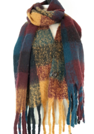 Dikke sjaal met o.a. petrolblauw, okergeel en donkerrood