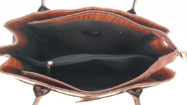Cognacbruine lederen tas met kroko-print