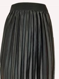 Plissé rok, zwart met metallic glans