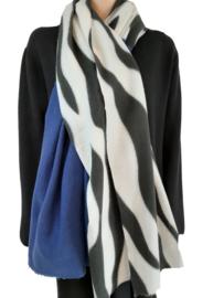 Sjaal met zwart-witte zebraprint en één helft blauw