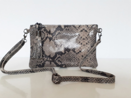 Lederen tasje - clutch in taupe met zwarte slangenprint